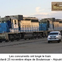 TAC_25Les concurrents ont longe le train