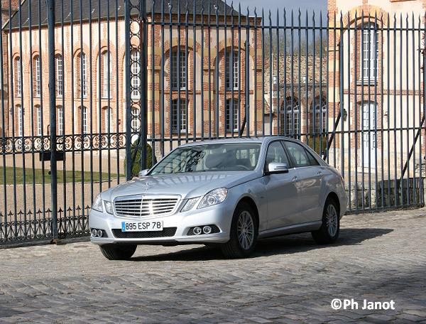 Essais Mercedes Chateau
