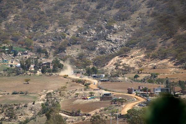 WRC-MEXIQUE-2012-Ogier-Ingrassia-Samedi-dans les collines