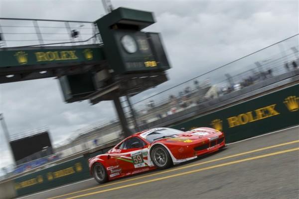 24-HEURES-DU-MANS-2012-LUXURY-RACING-FERRARI-458-ITALIA-Num-59-LM-GTE-Pro-Frederic-MAKOWIECKI-Jaime-MELO-Dominik-FARNBACHER