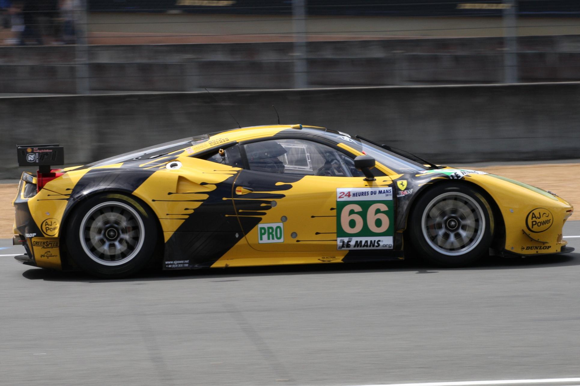 24 HEURES DUN MANS 2012 FERRARI NUM 66 Team JMW ART Car Dunlop
