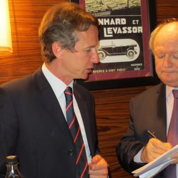 Dans les Salons de l'ACF Ludovic CARON avec Gilles GAIGNAULT