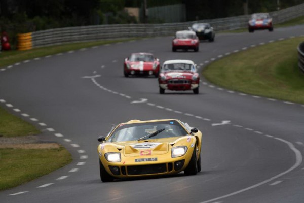 LE-MANS-CLASSIC-2014-FORD-GT-40