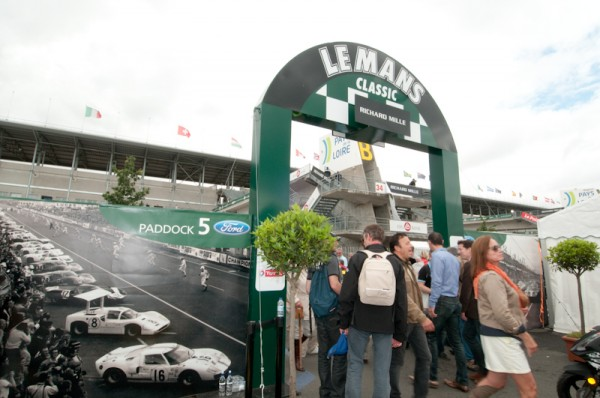 Le-Mans-classic-2012-paddock-5-