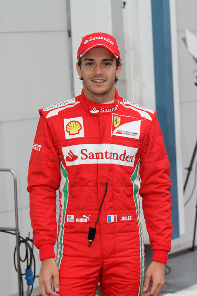 F1-MAGNY-COURS-2012-Rookie-test-JULES-BIANCHI-stand-FERRARI photo-Gilles-VITRY-autonewsinfo