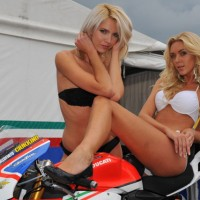 GRID GIRLS SBK 2012 x