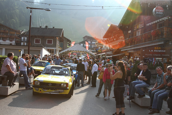 MONT-BLANC-2012-Ambiance-et-affluence-dans-MORZINE-photo-Gilles-VITRY-autonewsinfo