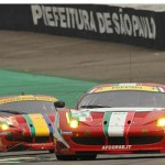 WEC 2012 SAO PAULO FERRARI AF CORSE devant FERRARI et CORVETTE LARBRE en course