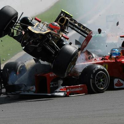 F1-SPA-2012-le-vol-plane-de-ROMAIN-GROSJEAN.