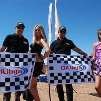 RALLYE OILIBYA du MAROC 2012 GRID GIRLS arivee a ZAGORA photo AOCV