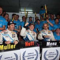 WTCC 2012  Podium final a MACAO HUFF MENU MULLER