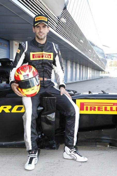 F1 2012 JAIME ALGUARSUARI PILOTE TEST PIRELLI