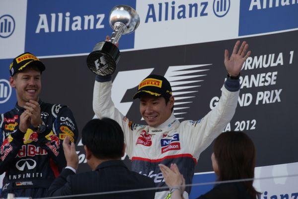 F1-SUZUKA-2012-PODIUM-VETTEL-KOBAYASHI1