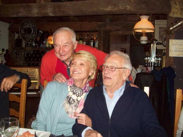 GORDINI A MONTLHERY  Jean Pierre et Jacqueline BELTOISE avec Jean Paul BEHRA Photo Jean Lc FOURNIER