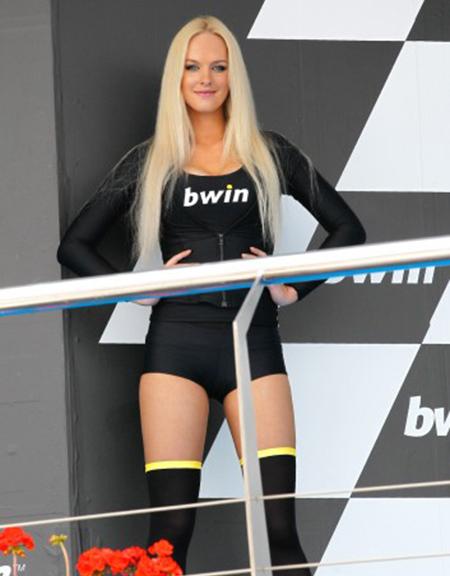 Paddock Girl Moto GP 192 (1)
