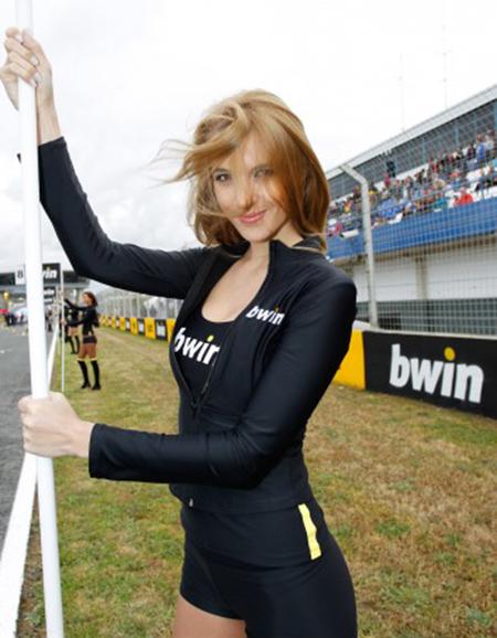Paddock Girl Moto GP 201 (1)