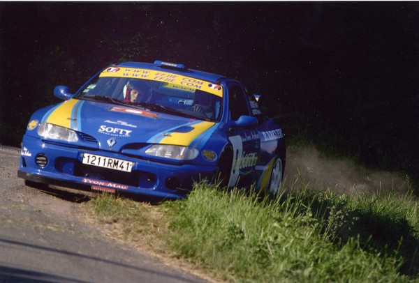 ROCHE 4  Sur Megane Rallye de Loches 2004