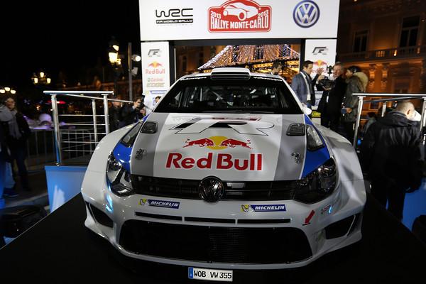 WRC 2012 VW pied podium presentation MONACO 7 dec 2012 Photo Jo LILLINI pour autonewsinfo