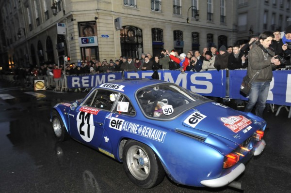 MONTE CARLO HISTORIQUE 2013 DEPART REIMS TeamALPINE Photo BERNARD JEAN JACQUES MANCEL