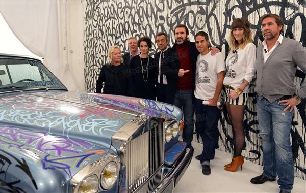 ROLLS ROYCE CORNICHE CANTONA avec artiste taggeur JONONE