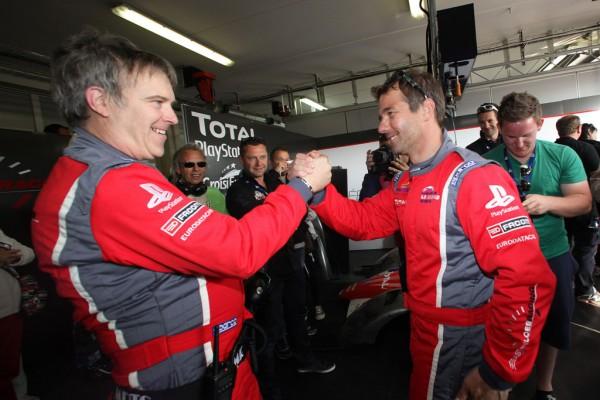Sebastien-Loeb-Racing-Saison2012-3-titres-en-PORSCHE-Cup-au-Paul-Ricard-pour-feter-la-1ere-annee-du-SLR-600x400