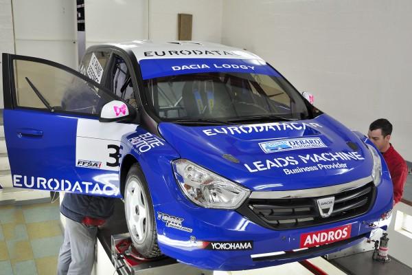 TORK 12  Réglages de la voiture d'Olivier PANIS pour l'Andros  Photo A Monnot autonewsinfo
