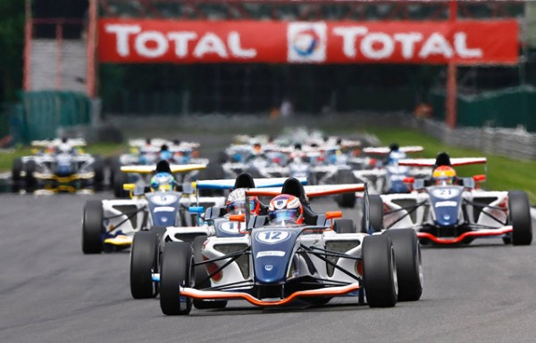 AUTO SPORT ACADEMY Depart des  F4 en 2011