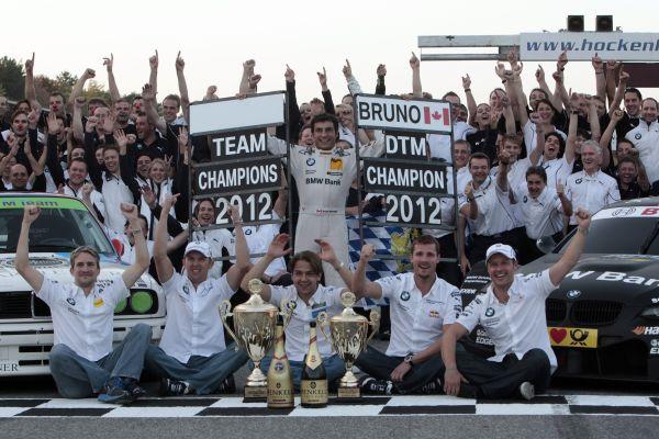 DTM 2012 la fete chez BMW pour feter et saluet les titres
