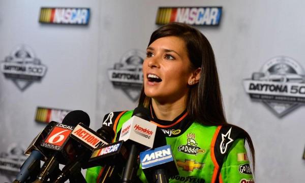 Danica-Patrick 2013 NASCAR-Daytona-500 en pole le 16 fevrier