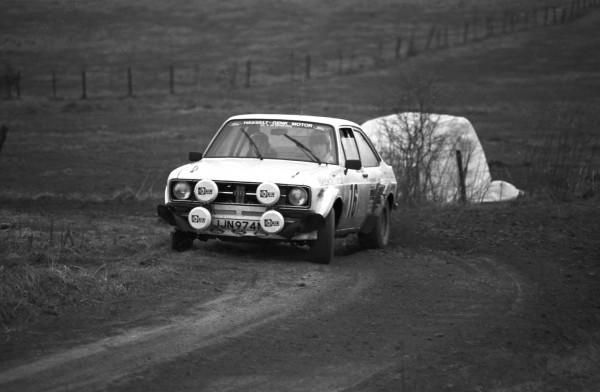 LEGEND BOUCLES SPA 2013 Marc DUEZ-en action sur une FORD Escort en 1979 à l'époque des 3 Mousquetaires du Rallye belge--© Manfred GIET