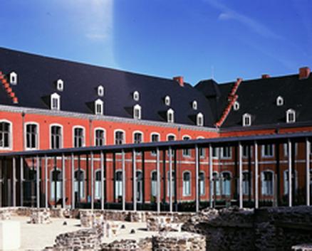 MUSEE AUTO DE SPA dans Abbaye de Stavelot-Musée du Circuit