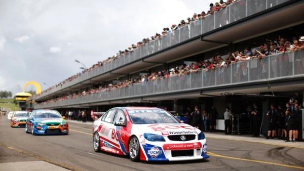 V8 SUPERCAR 2013 HOLDEN BRIGHT Test Sydney Motorsport 16 fevrier
