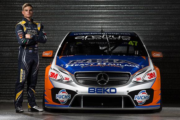 V8 SUPERCAR 2013 Presentation Team AMG MERCEDES b