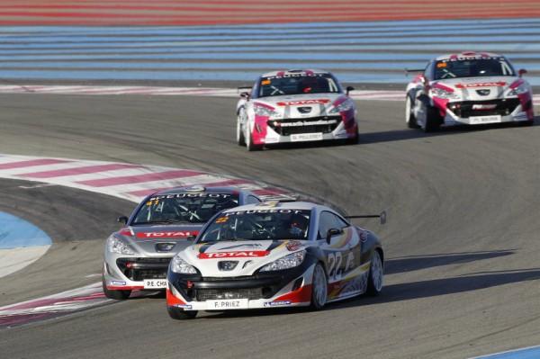 208 2 208 RCZ en course au Castellet