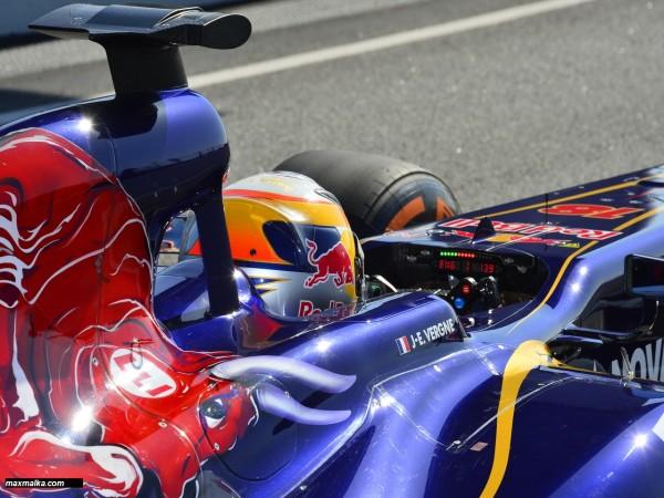 F1 2013 JEAN ERIC VERGNE Cockpit TORO ROSSO
