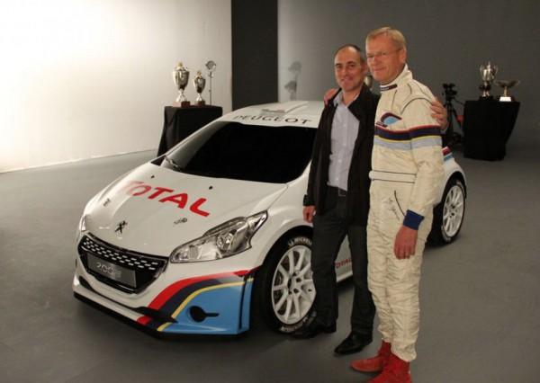 La 208 T 16 avec Ari Vatanen en référence à de glorieuses montures