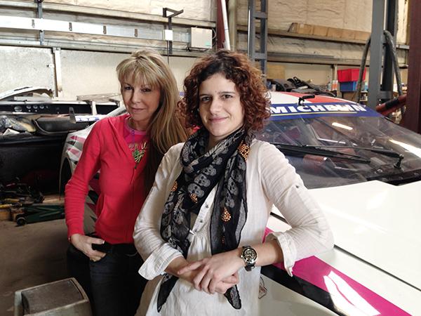 RACECAR-2013-LA-BLONDE-Caty-et-la-BRUNE-Carole-LES-FILLES-du-Team-AUTOSPORT-42