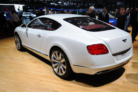 SALON-GENEVE-2013-Bentley-Photo-Patrick-MARTINOLI-autonewsinfo