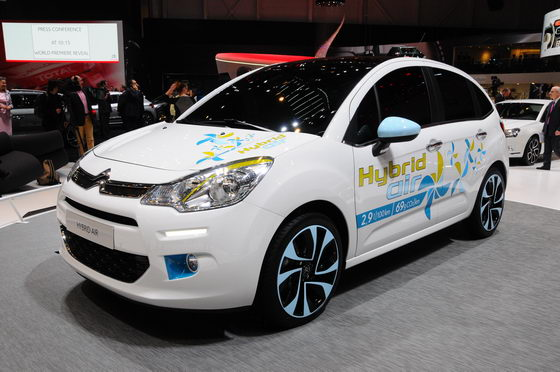 SALON-GENEVE-2013-Citroën-C3-HYbrid-Air-Photo-Patrick-MARTINOLI-autonewsinfo