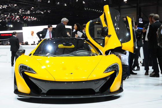 SALON-GENEVE-2013-MCLAREN-1-Photo-Patrick-MARTINOLI-autonewsinfo