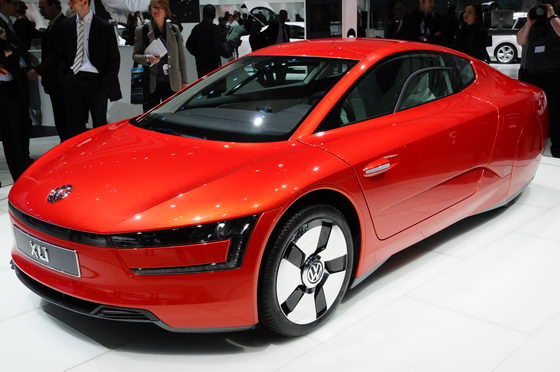 SALON-GENEVE-2013-XL1-Volkswagen-Photo-Patrick-MARTINOLI-autonewsinfo
