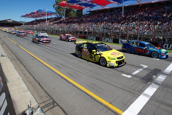 V8 SUPERCAR 2013 ADELAIDE Depart COURSE 1