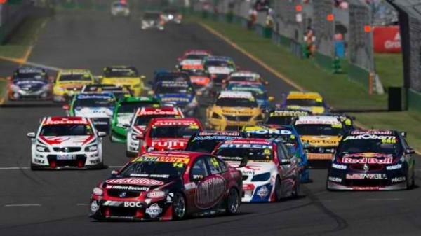 V8 SUPERCAR 2013 GP MELBOURNE 15 16 17 MARS Depart course 2