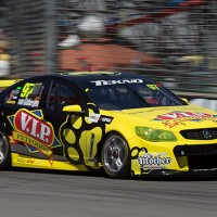 V8-SUPERCAR-2013-HOLDEN-VAN-GISBEERGEN-pole-a-ADELAIDE
