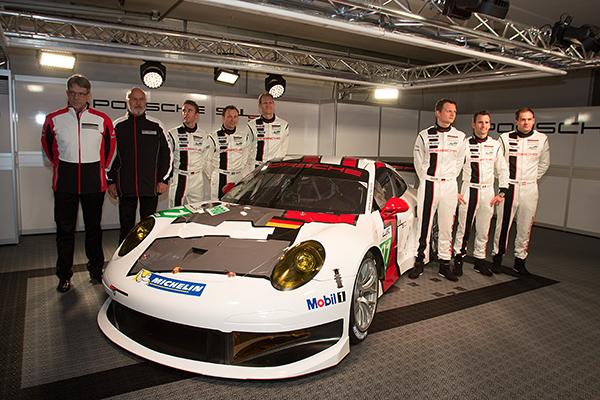 WEC-2013-Presentation-PORSCHE-911-RSR-Circuit-Paul-Ricard-et-les-pilotes-28-mars-2013-Photo-Gilles-VITRY-autonewsinfo