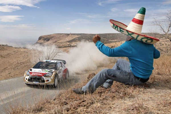 WRC 2013 MEXIQUE  DS3 HIRVONEN devant Mexicain Sombrero