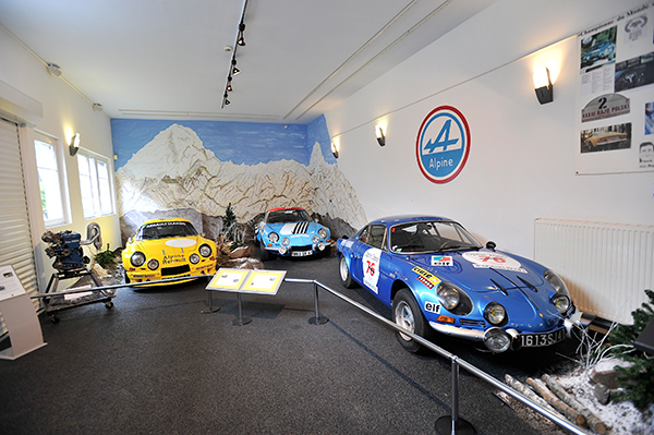 ALPINE Expo MUSEE MATRA ROMORANTIN 19 avril 2013 inauguration c Photo Berlinette Jean Jacques MANCEL pour autonewsinfo