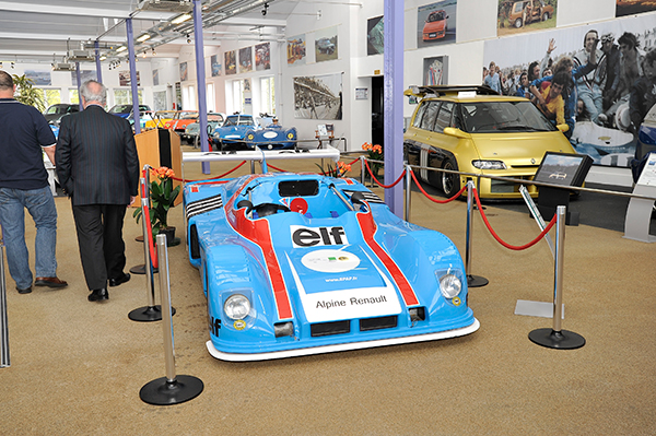 ALPINE Expo b MUSEE MATRA ROMORANTIN 19 avril 2013 inauguration Photo Berlinette Jean Jacques MANCEL pour autonewsinfo