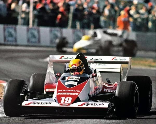 AYRTON-SENNA-TOLEMAN-1ere-saison-en-GP-en-1984 - photo MANFRED GIET pour autonewsinfo