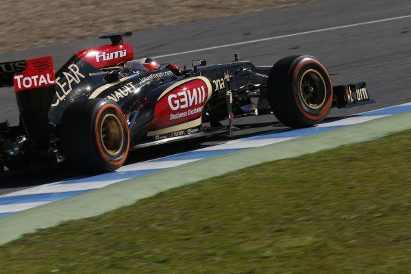 F1-2013-BAHREIN-LOTUS-RENAULT-KIMI-RAIKKONEN